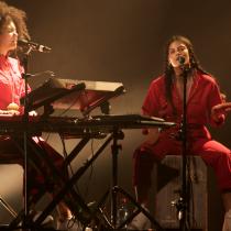 Entrevista a Ibeyi: las gemelas franco-cubanas que impresionaron con su música fusión en Chile