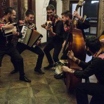 Grupo de cueca La Romeranza en Museo Violeta Parra