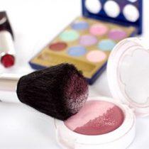 Taller de elaboración de maquillaje ecológico Nut