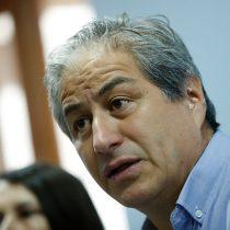 Mario Aguilar denunció descuentos a profesores que se movilizaron