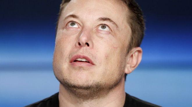Quién es Elon Musk, el multimillonario creador de Tesla que lanzó su carro al espacio y que prevé conquistar el cosmos y las profundidades de la Tierra