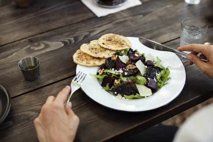 El 76% de los trabajadores se preocupa por tener una alimentación saludable