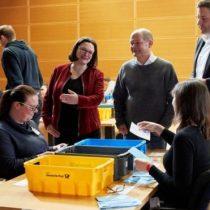 Alemania: Partido Socialdemócrata vota a favor de una nueva coalición con Angela Merkel tras 5 meses de estancamiento político