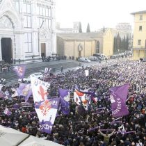 [VIDEO] Florencia y el mundo del fútbol dan su último adiós a Davide Astori