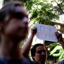 Carabineros anunció investigación interna para establecer responsabilidades tras agresión a estudiante en protesta
