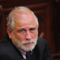 La sombra del secretismo de Zaldívar que Carlos Montes debe derribar en el Senado