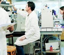 Científicos chilenos desarrollan método para destruir células cancerígenas en forma selectiva