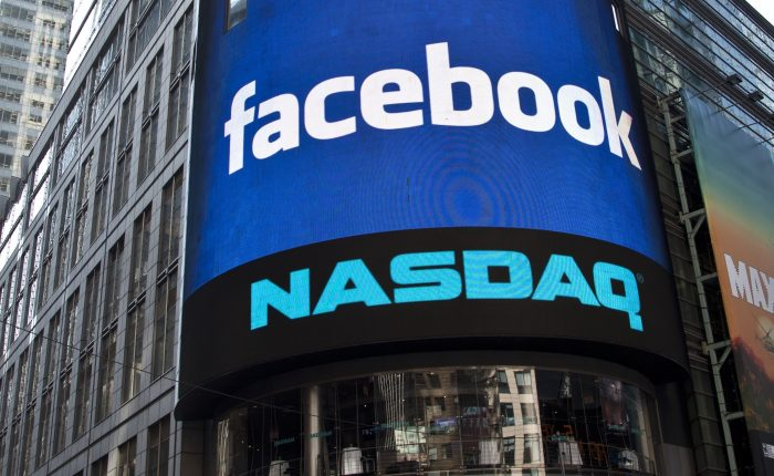 Crisis de Facebook sigue atormentando a los mercados