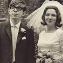 Las dos esposas de Stephen Hawking