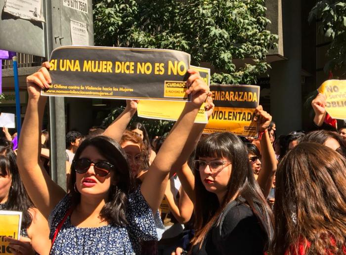 Nueva manifestación afuera del Ministerio de Salud por cambio en protocolo de objeción de conciencia de instituciones privadas