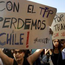 Organizaciones de mujeres rechazan tratado económico internacional y consideran una burla quese firme el Día Internacional de la Mujer
