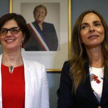 Ministra Claudia Pascual se reúne con su sucesora Isabel Plá