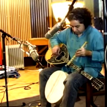 Abaji: un emblema del World Music en Chile