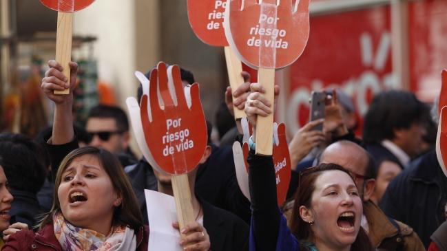 Organizaciones llaman a manifestarse contra el cambio de protocolo de objeción de conciencia en ley de aborto 3 causales