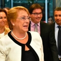 [VIDEO] Michelle Bachelet se autotrollea al recordar chascarro de la página web
