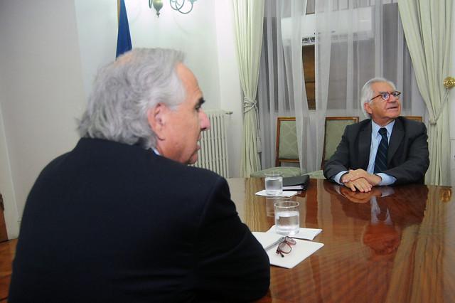 Primeros encuentros bilaterales entre la NM y Chile Vamos: reuniones entre actuales y futuros ministros marcan la jornada