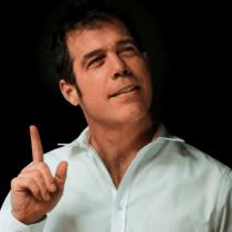Álvaro Escobar sobre demanda de Rayen Araya contra radio Bío Bío: «No me parece solidario pedirle a un compañero que mienta en un juicio»