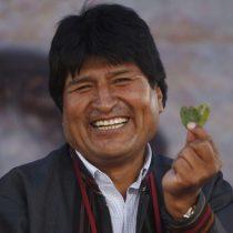 Evo Morales se muestra