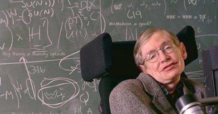 """José Maza y la muerte de Hawking: """"como niño símbolo de la ciencia, en todo el sentido de la palabra, la ciencia pierde un gran exponente"""""""