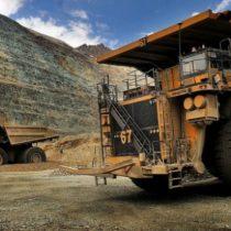 Producción industrial cayó durante julio arrastrada por sector minero y manufacturero