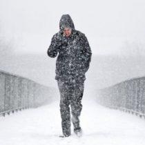 En alerta roja: empeoran las condiciones de la dura ola de frío que golpea Reino Unido y el resto de Europa