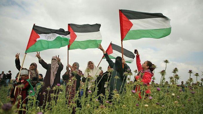 Palestinos hacen jornada de huelga y luto nacional por los 16 muertos en Gaza
