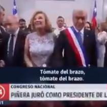 """[VIDEO] """"Aquí nos separamos, Cecilia… para siempre"""": los diálogos entre Piñera y Morel captados a la salida del Congreso"""