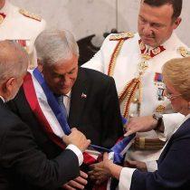 [VIDEO] Primera piñericosa presidencial: Sebastián Piñera sufre caída de la piocha durante su caminata por la alfombra roja en Cerro Castillo