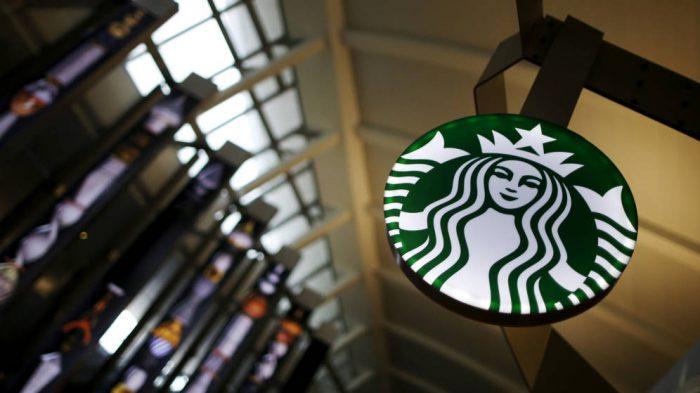 Starbucks advertirá a sus clientes el riesgo de contraer cáncer al consumir sus cafés