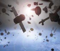 El mapa que muestra en tiempo real todos los satélites y la basura espacial que orbitan la Tierra