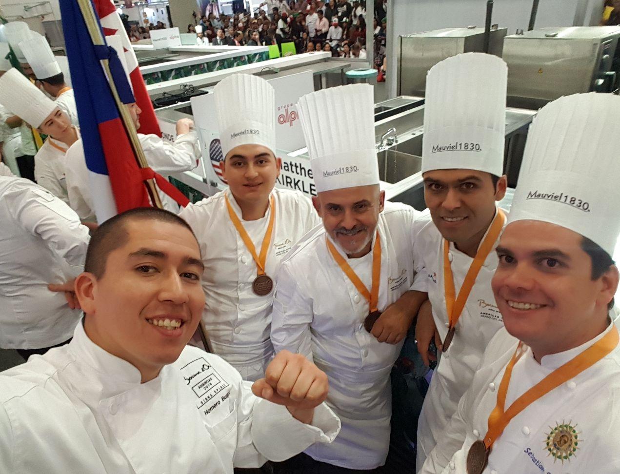 Selección chilena de chefs clasificó para la gran final mundial del torneo Bocuse d´Or