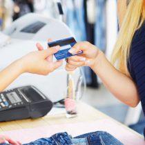 Estudio revela quién tiene más deudas y quién ahorra más ¿hombres o mujeres?