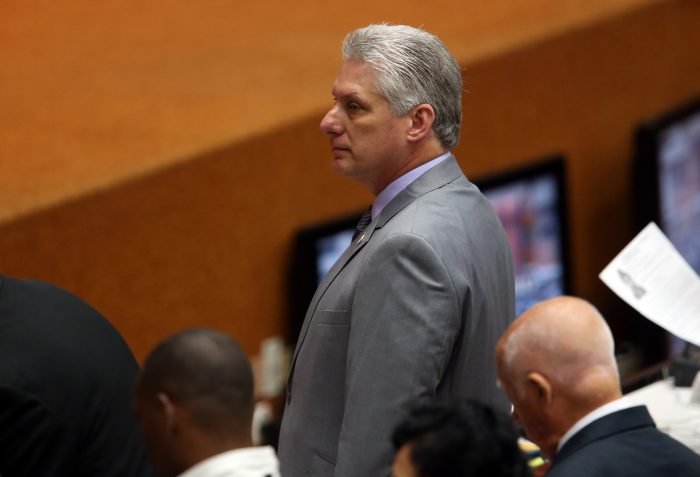 Miguel Díaz-Canel, propuesto como presidente de Cuba en sustitución de Raúl Castro