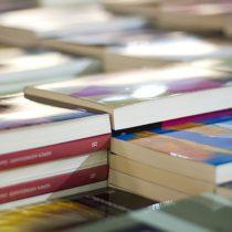 La Feria del Libro de Plaza de Armas celebra al libro y a los autores