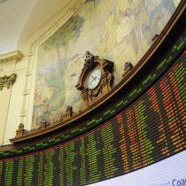 Acciones chilenas y peso se hunden por agitación; bonos resisten
