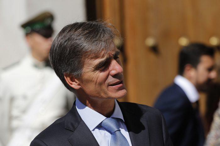 Valente se olvida del Censo de emergencia y justifica salida de directora