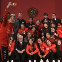 Piñera rindió homenaje a la selección femenina: