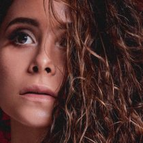 Lanzamiento disco de Camila Gallardo en Teatro Municipal de Las Condes