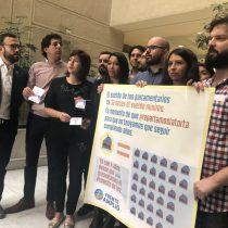 Frente Amplio extendió invitación a diputados para debatir proyecto que rebaja la dieta parlamentaria