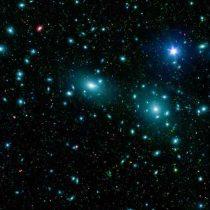 La misteriosa materia oscura solo interactúa con la gravedad