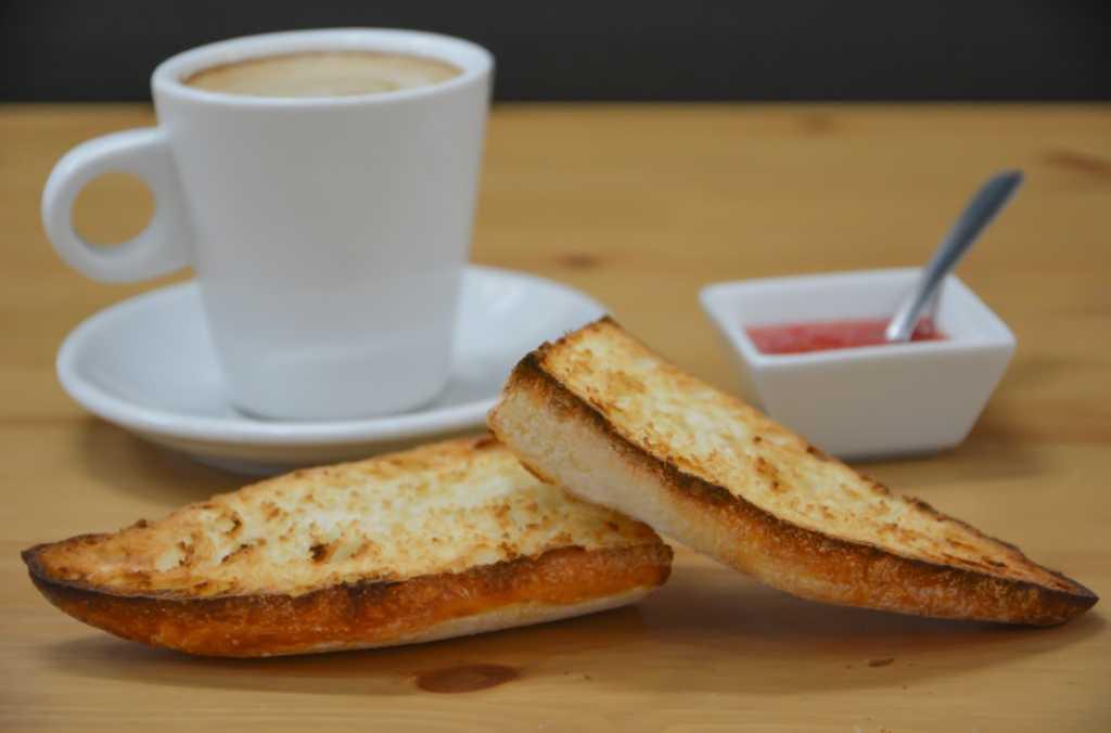 Qué es la acrilamida y por qué se está advirtiendo su existencia en el café, el pan y las papas fritas