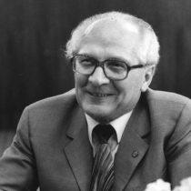 Cineasta alemán viaja a Chile por filmación de documental sobre Honecker