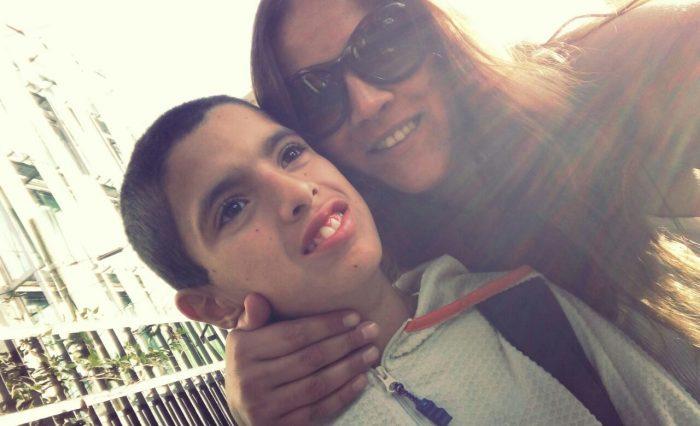 Criando a un niño autista: la historia de Lucca y Javiera