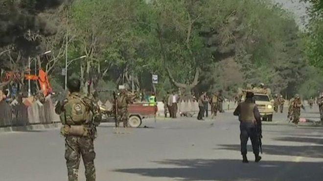 Afganistán: dos explosiones cerca de la sede de la OTAN dejan al menos 25 muertos