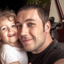 """Qué es el """"sharenting"""" y por qué deberías pensártelo dos veces antes de compartir la vida de tus hijos en las redes sociales"""