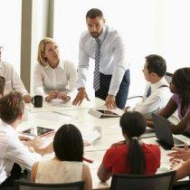 ¿Pierdes mucho tiempo en reuniones? Aprende la regla de los 5 minutos para ser más productivo