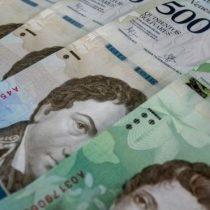 Maduro retrasa plan de reconversión monetaria en Venezuela