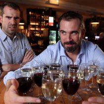 ¿Aumentar el precio del alcohol realmente sirve para que las personas beban menos?