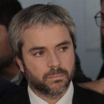 Comisión de Gobierno Interior del Senado en picada contra ministro Blumel por su ausencia de sesión donde se votaría Ley Antinepotismo