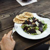 El 83% de los restaurantes en Chile ofrece un menú saludable